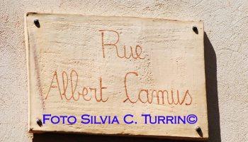 Lourmarin Camus